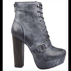 Steve Madden Carnaby ankle boots 8.5